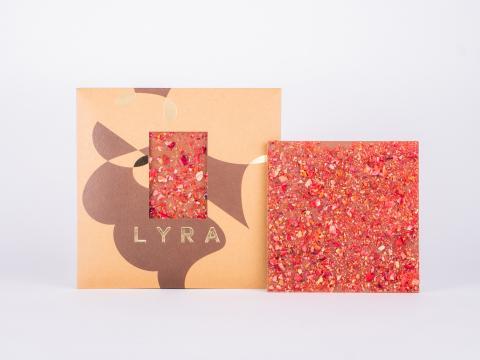 lyra - naša - milk